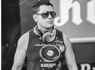 DJ Evr Master se apresenta em MARTHA'S VINEYARD
