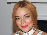 Lindsay Lohan abre mais um clube na Grécia e já planeja terceiro