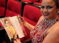 """Andrea Oliveira comemora 2 anos de sucesso da sua """"Touch Massage"""" em Orlando-FL"""
