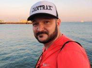 O empresário mineiro Rodrigo Jantrax curte férias no verão europeu