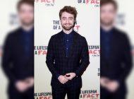 """Daniel Radcliffe descobre que tem talento para combater as """"fake news"""""""