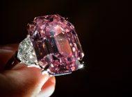 Diamante rosa mais bonito do mundo foi vendido nesta terça-feira por mais US$ 50 milhões